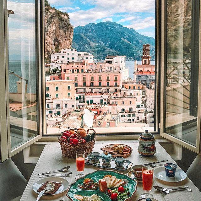 Dreaming of waking up on the Amalfi coast ☕️ ❣️? ? Photo by @vrajavali * * #enjoythecoast #positano #positanoitaly #instapositano #amalficoast #atrani #best_amalficoast #costieraamalfitana #positanoamalficoast #igersitalia #italy_vacations #ravello #amalfi #sea #coast #italytrip #bestplacesmagazine #destinationearth #breakfast