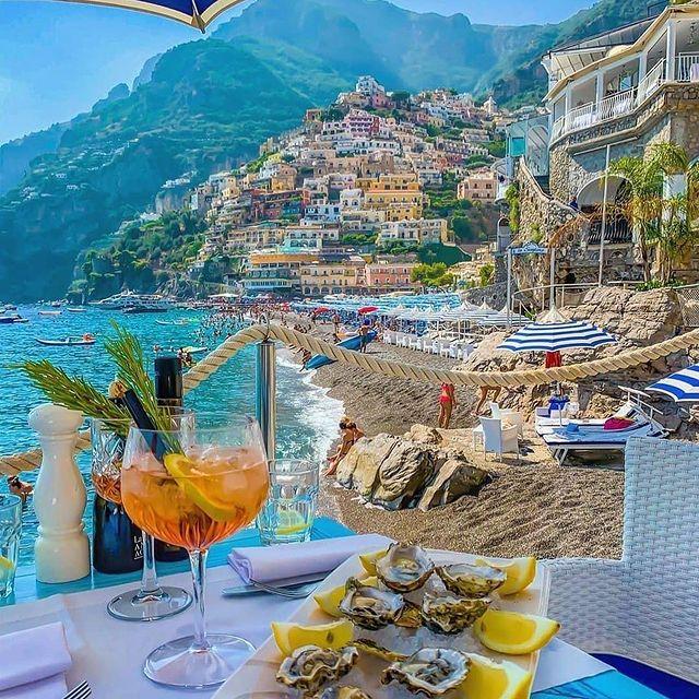 Lunch by the Sea ? anyone? Happy Soulful Saturday!???️ * * ? @mrs_salvatore81614 #enjoythecoast #positano #lunchbythesea #summertime #positanoitaly #instapositano #amalficoast #best_amalficoast #costieraamalfitana #positanoamalficoast #igersitalia #italy_vacations #traveltheworld #italytrip #bestplacesmagazine #destinationearth #earthpix