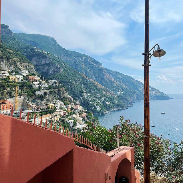 Explore. It's the best way to learn about the world & yourself. . . . #italy #positano #amalficoast #sorrento #sorrentopeninsula #travel #traveldestination #roadtrip #mountains #village #positive #sunshine #summervibes #amalfi #enjoythecoast #travel #beautifuldestinations #explore