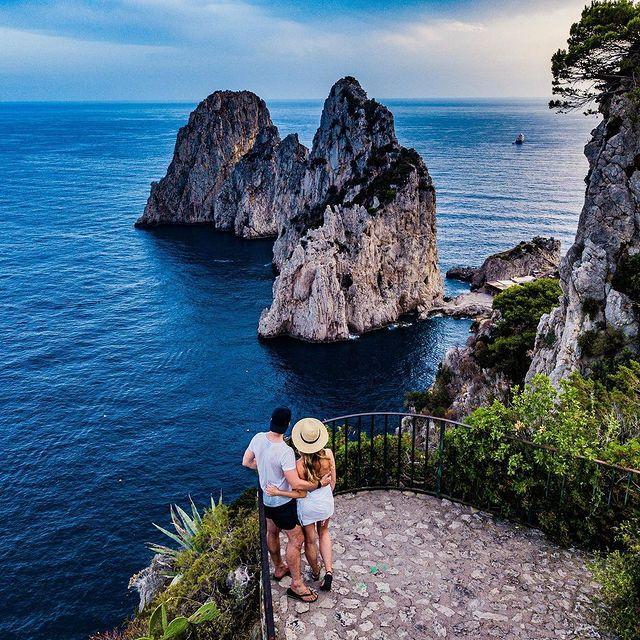 """Love is what makes the ride worthwhile."" ?– Franklin P. Jones ?️? @monica_silvestri *#enjoythecoast #capriisland #lightblue #best_capri #awesomeearth #islandcapri #bestplacesmagazine #italy_vacations #italiainfoto #capriitaly #ig_italy #italytrip #wonderful_places #italian_places #best_italiansites #capri #faraglioni #awesome_earthpix #bestplacestogo #couple"