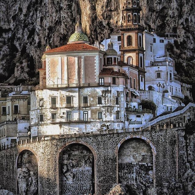 Atrani is the village of the Amalfi coast which, thanks to its typically medieval structure, has best preserved its ancient topographical features. ?️ ? @romace_otto *#enjoythecoast #atraniitaly #italy #instapositano #amalficoast #best_amalficoast #costieraamalfitana #positanoamalficoast #igersitalia #positanogram #italy_vacations #beach #italytrip #bestplacesmagazine #destinationearth #earthpix #travelnomads #atrani